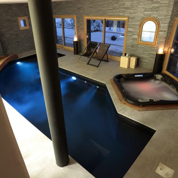 Swimming Pool And Jacuzzi Spa In Our Luxury Ski Chalet Igloo Courchevel